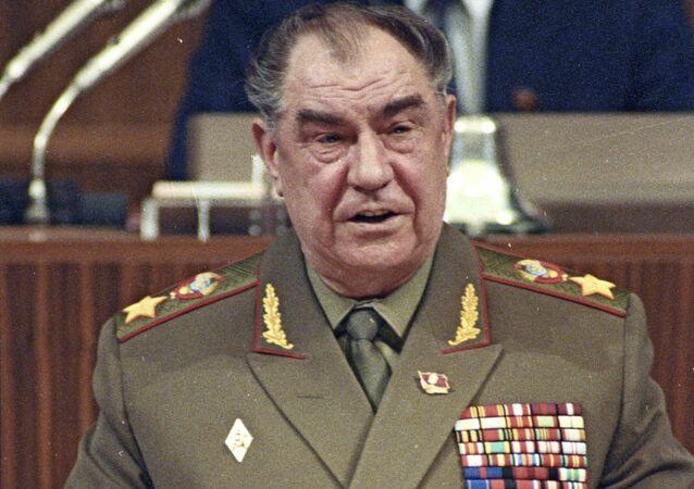 Maršál SSSR Dmitrij Jazov v Kremlu v roce 1990