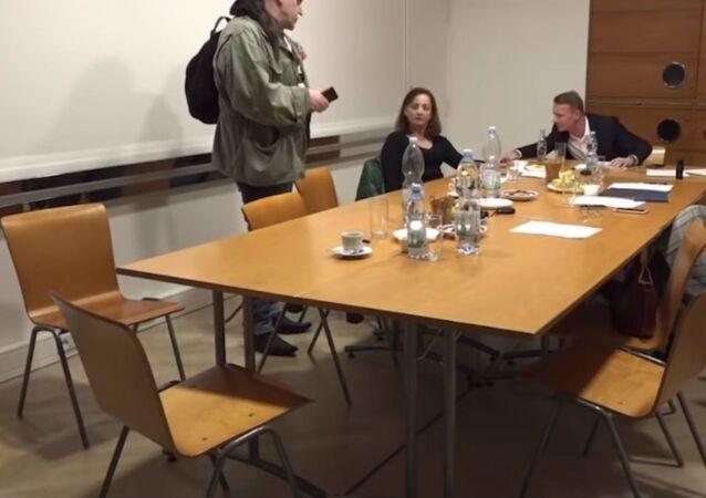 Hádka na schůzi členů Rady ČTK