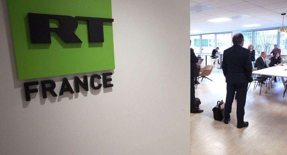 Ruský ministr zahraničí Sergej Lavrov během návštěvy kanceláře RT France v Paříži