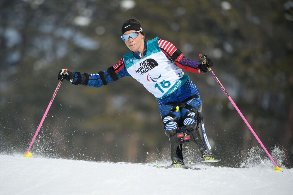 Oksana Masters na biatlonových soutěžích během Paralympijských zimních her 2018 v Pchjongčchangu, Jižní Korea