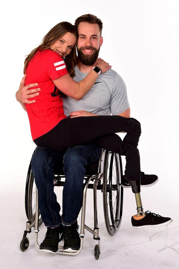 Oksana Masters s Aaronem Pikem během Paralympijských zimních her 2018 v Pchjongčchangu, Jižní Korea - Sputnik Česká republika