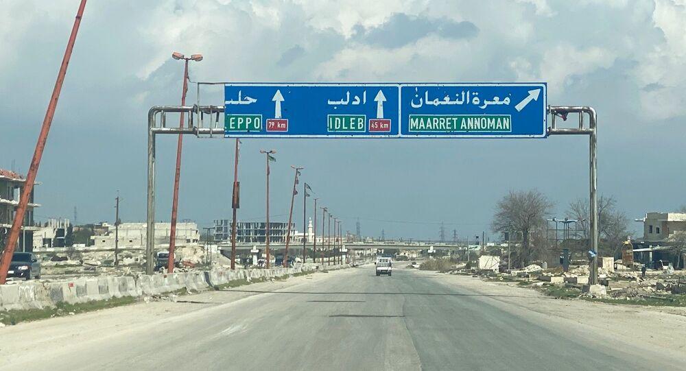 Silnice M5 Damášek-Aleppo v provincii Idlib