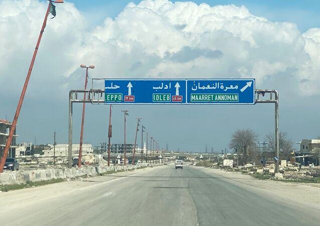 Dálnice M5 Damašek-Aleppo v provincii Idlib
