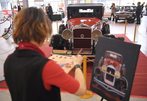 Žena kreslí kabriolet Hudson Super Six (1929) - Sputnik Česká republika
