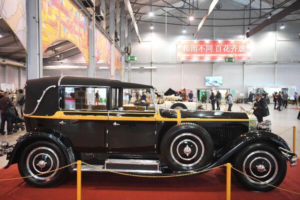 Auto Isotta Fraschini Tipo 8A S Landaulet (1928) - Sputnik Česká republika
