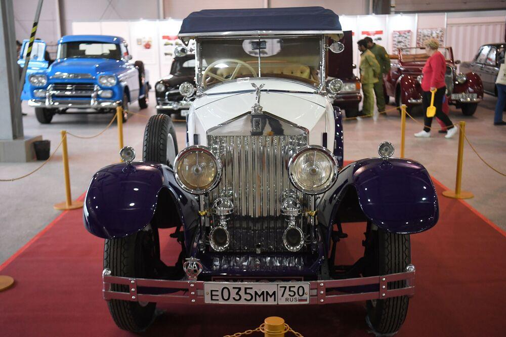 Auto Rolls-Royce 20/25HP