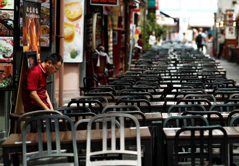 Prázdná restaurace v Singapuru