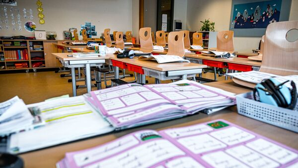 Prázdná třída ve škole v Nizozemsku. Ilustrační foto - Sputnik Česká republika