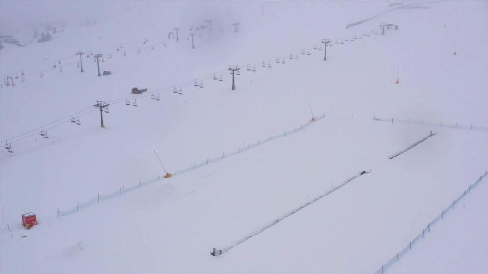 Prázdné lyžařské středisko v Itálii