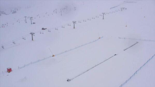 Prázdné lyžařské středisko v Itálii - Sputnik Česká republika