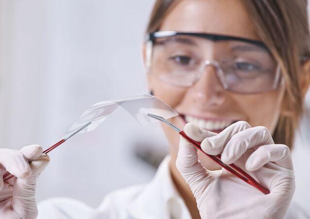 Ohebný displej vyvinutý pomocí nanotechnologií