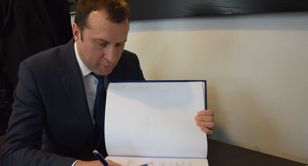 Obchodní zástupce Ruské federace v České republice Sergej Bezrukov během setkání s hejtmanem Kraje Vysočina Jiřím Běhounkem