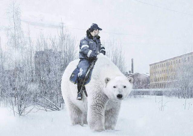 Lední medvědi, obří hadi a roboti jako řidiči v autobusech: Petrohrad, jak jste jej ještě nikdy neviděli
