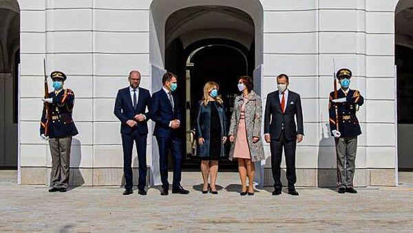 Slovenská prezidentka Zuzana Čaputová v roušce - Sputnik Česká republika