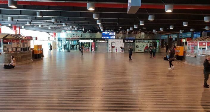 Hlavní nádraží v Praze, 14. března 2020