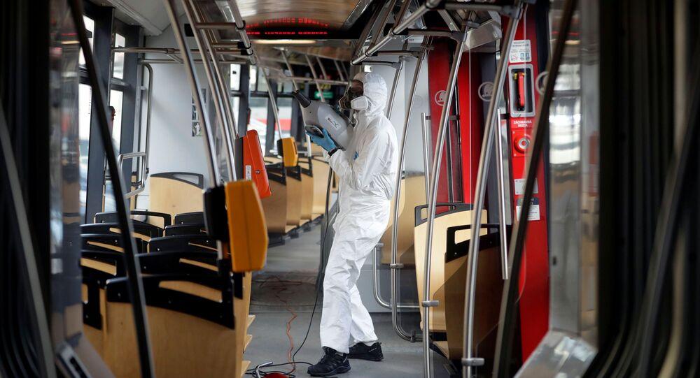 Dezinfekce pražské tramvaje