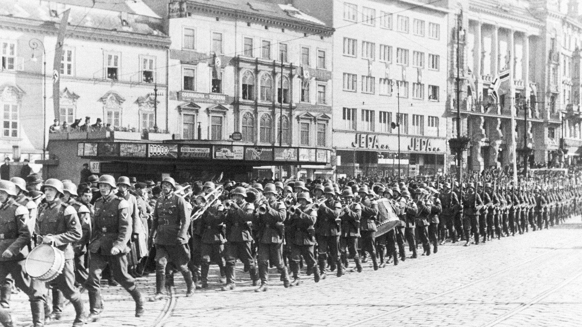 Němečtí vojáci v Brně během německé invaze do Československa - Sputnik Česká republika, 1920, 22.04.2021