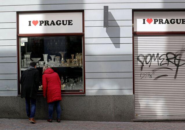 Obchod v Praze zavřený kvůli epidemii koronaviru