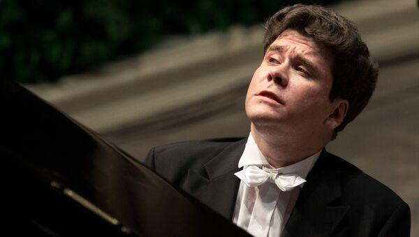 Ruský klavírista Denis Matsuev  - Sputnik Česká republika