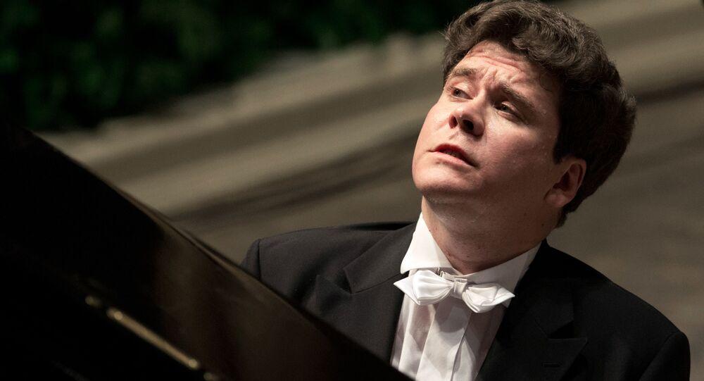 Ruský klavírista Denis Matsuev