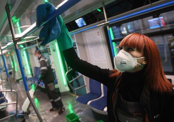 Dezinfekce moskevského metra - Sputnik Česká republika