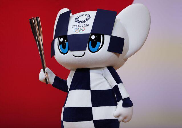Maskot OH 2020 v Tokiu