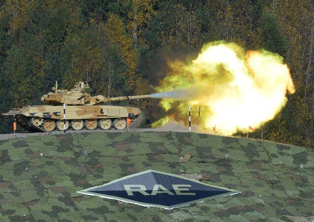 Tank Т-90А na mezinárodní výstavě Russia Аrms Еxpo