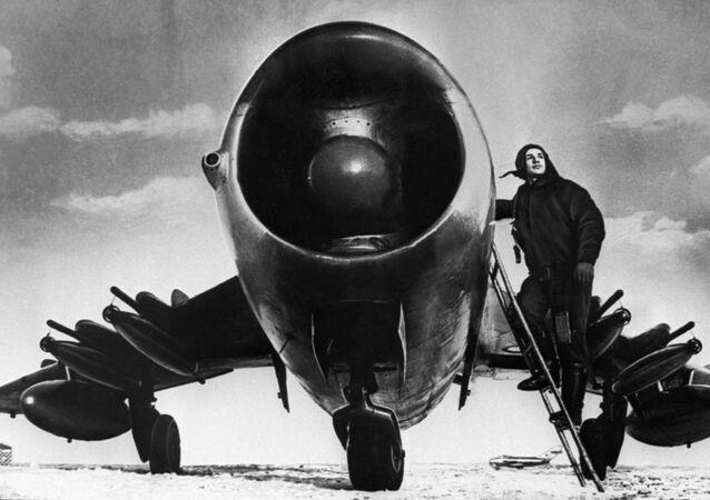 Stíhací letoun MiG-17