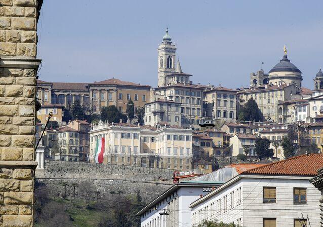 Pohled na Bergamo, Itálie
