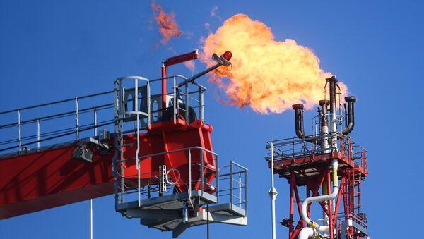 Těžba ropy ruskou společností Lukoil - Sputnik Česká republika