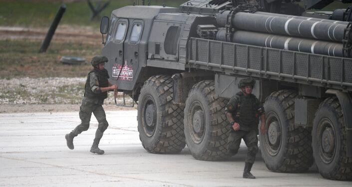 Reaktivní systém Smerč se 300mm střelami na mezinárodním vojensko-technickém fóru Army 2019