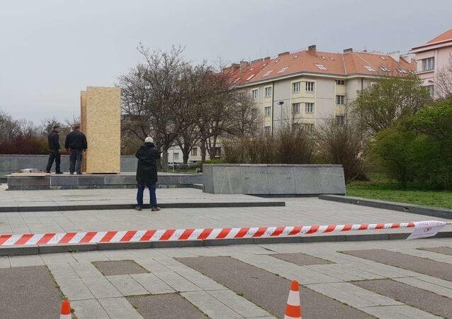 Místo v Praze-6, kde dříve stála socha maršála Koněva