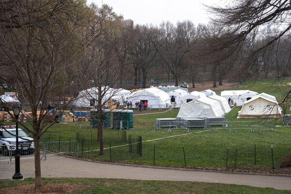 Nemocnice v srdci Manhattanu: jak se bojuje s Covid-19 přímo v newyorském Central Parku - Sputnik Česká republika