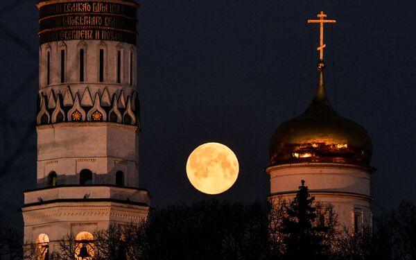 Superúplněk  v Moskvě  - Sputnik Česká republika