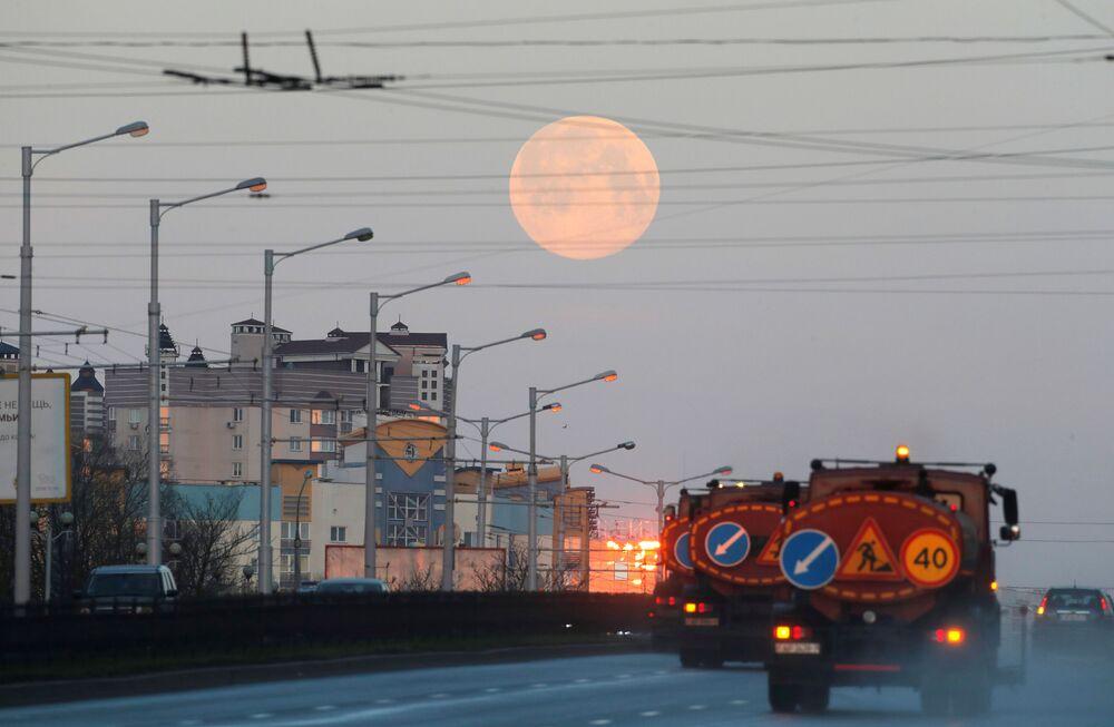 Superúplněk  v Minsku, Bělorusko