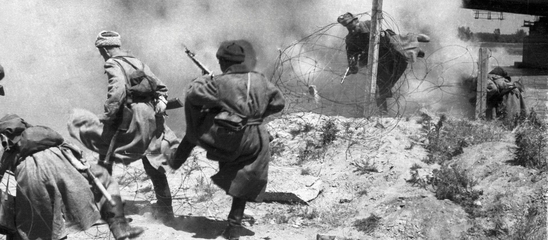 Vojáci Rudé armády  - Sputnik Česká republika, 1920, 02.04.2021