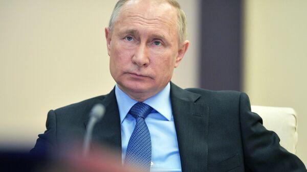 Ruský prezident Vladimir Putin. 9. dubna 2020 - Sputnik Česká republika