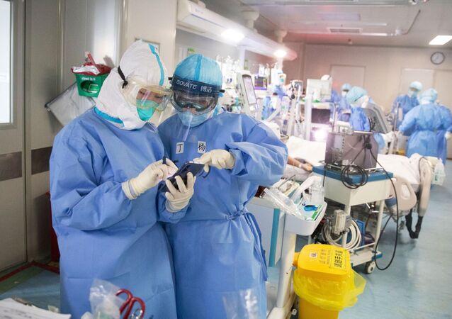 Lékaři v Číně. Ilustrační foto