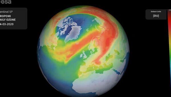 Ozonová díra nad Arktidou - Sputnik Česká republika