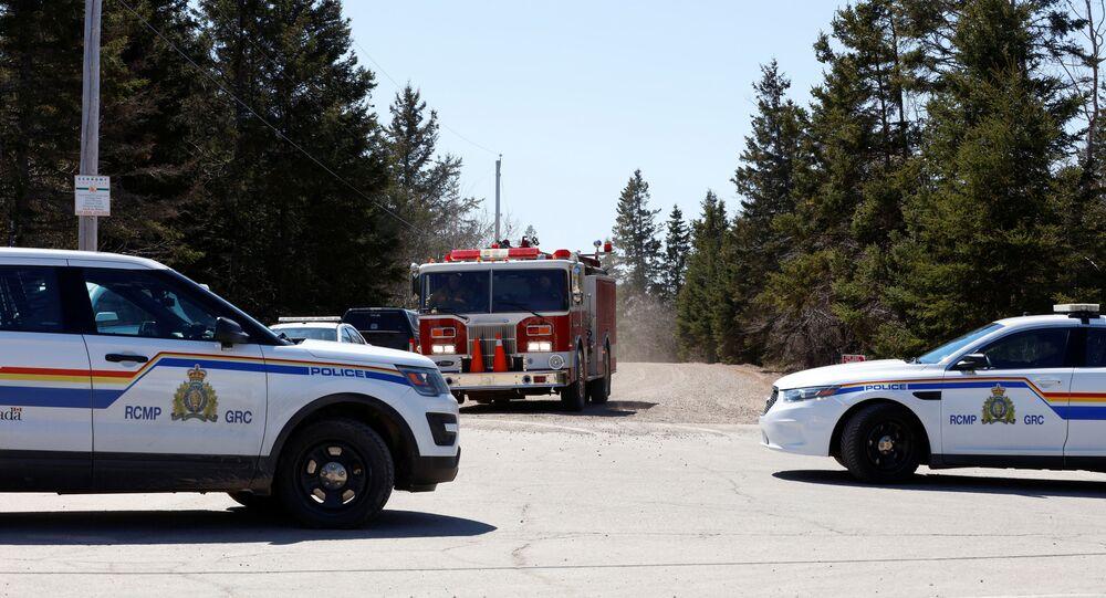 Royal Canadian Mounted Police at Portapique Beach Road