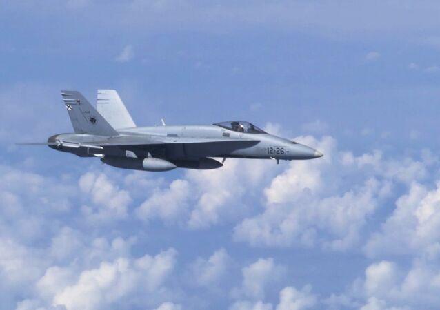 Stíhací letoun F-18
