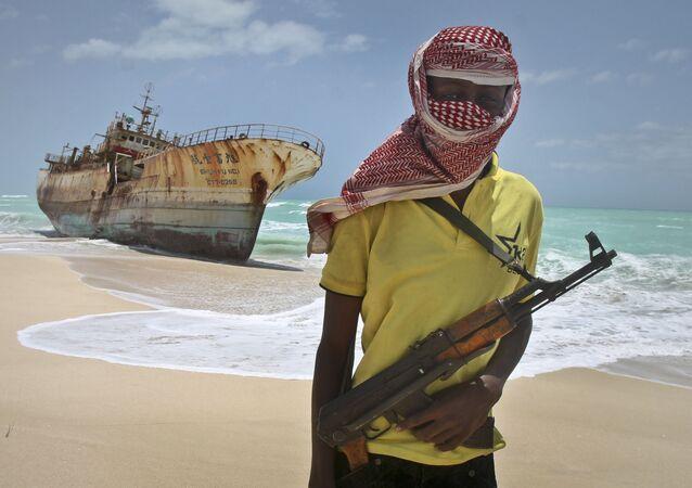 Ozbrojený somálský pirát