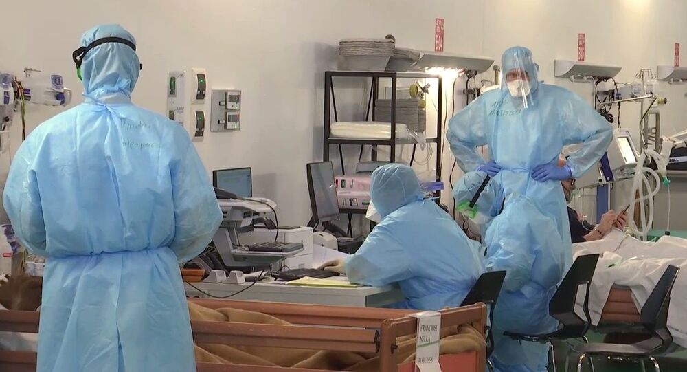 Ruští lékaři v polní nemocnici v Bergamu