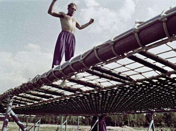 Kosmonaut German Titov na tréninku, 1962 - Sputnik Česká republika