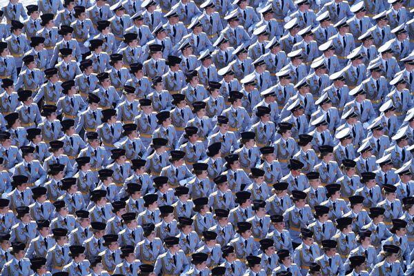 Kadeti Moskevské univerzity Ministerstva vnitra Ruské federace na generální zkoušce vojenské přehlídky na Rudém náměstí - Sputnik Česká republika