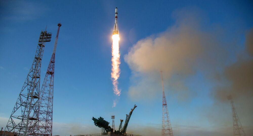 Start nosné rakety Sojuz 2.1 s nákladní lodí Sojuz MS-14 z Bajkonuru