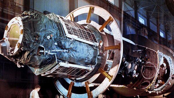 Vesmírná stanice Saljut - Sputnik Česká republika