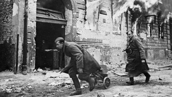 Berlín byl hlavním strategickým cílem vojenské kampaně na jaře 1945. Tam bylo ředitelství Führera a ústředí nacistického Německa. - Sputnik Česká republika