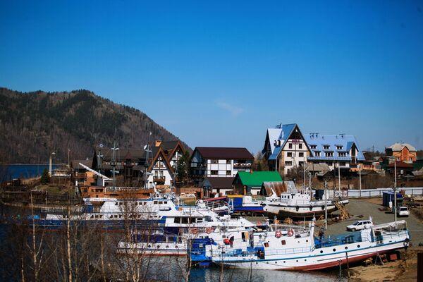 Obec Nikola u jezera Bajkal. - Sputnik Česká republika