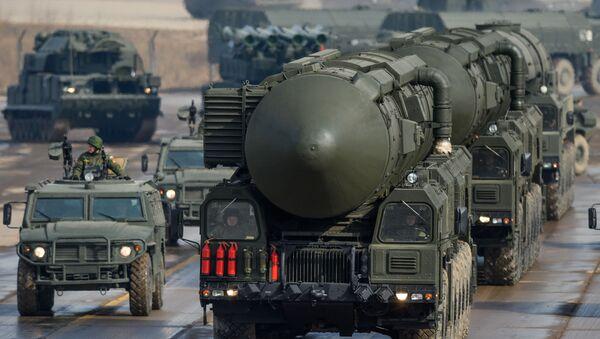 Mezikontinentální balistická raketa Topol-M. Ilustrační foto - Sputnik Česká republika